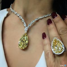 @the_diamonds_girl. A PAIR OF PERFECT PEARS!!! From @novelcollection