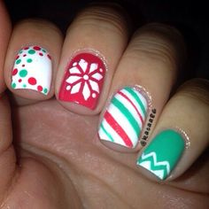 Christmas by nails ногти, маникюр. Xmas Nails, Get Nails, Fancy Nails, Love Nails, Christmas Nails, Pretty Nails, Christmas Design, Winter Christmas, Manicure Y Pedicure