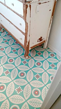 Self-adhesive vinyl floor tiles from Mirth Studios