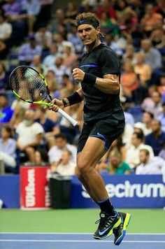 Come on!!! Nadal beats Seppi 6:0 7:5 6:1 to move through to the 3rd round :)  #USOpen