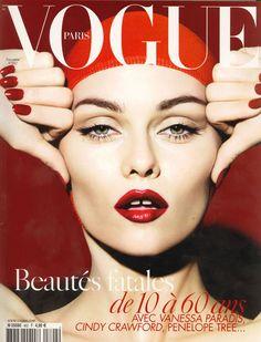 Vanessa Paradis pour le numéro de novembre 2008 de Vogue Paris: http://www.vogue.fr/photo/les-couvertures-de/diaporama/le-cinema-en-couverture-de-vogue-paris/7774/image/517049#vanessa-paradis-pour-le-numero-de-novembre-2008-de-vogue-paris