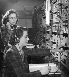Telephone Operators, 1940s Didn't look much different when I worked as an operator in 1972. Headsets n cords..