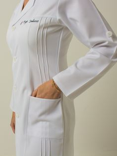 Spa Uniform, Uniform Dress, Hotel Uniform, Doctor White Coat, Doctor Coat, Nursing Dress, Nursing Clothes, Lab Coats For Men, Scrubs Outfit