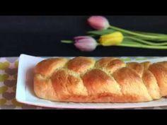 Gluténmentes fonott kalács Hot Dog Buns, Bread, Make It Yourself, Food, Brot, Essen, Baking, Meals, Breads