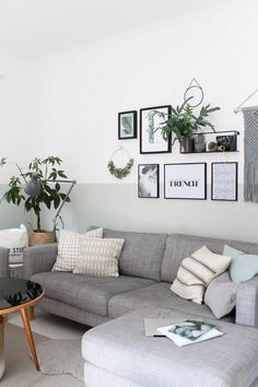 Wohnzimmer Minimalistisch Einrichten, Doch Mit Eigenem Charakter |  Pinterest | Minimalist, Living Rooms And Minimalist Room