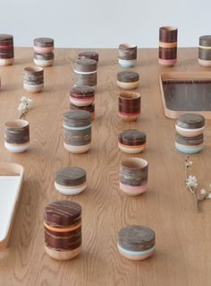 The HANAGASUMI series is elegant tableware using cherry barks featuring Japanese traditional colors. 2012
