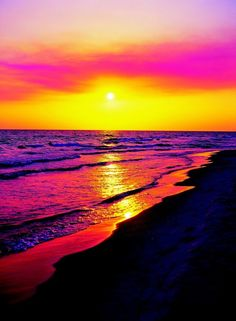 Tropical Beach Escape Hawaii Pink Sunset Summer