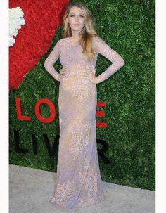 Le look du jour : Blake Lively apparaît publiquement enceinte ! - Elle
