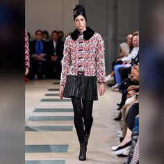 See all the looks from the collection Fashion 2017, Fashion News, Mens Fashion, Fashion Trends, Autumn Winter Fashion, Fall Winter, Winter 2017, Ulyana Sergeenko, Azzedine Alaia