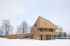 Wohnhaus E4 byBembé Dellinger Architekten Image © Stefan Müller Naumann