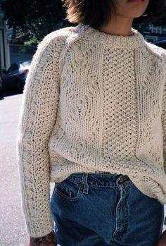 vintage sweater http://bellanblue.com