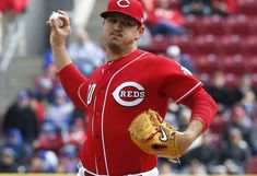 Mahle gives Reds big-time opening performance