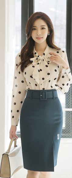 Waist Skirt, High Waisted Skirt, Sewing, Blouse, Skirts, Fashion, Style, Moda, Couture