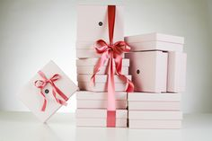 Recois chaque mois un peu de luxe. 5 produits dans chaque boite, Résiliable à tout moment