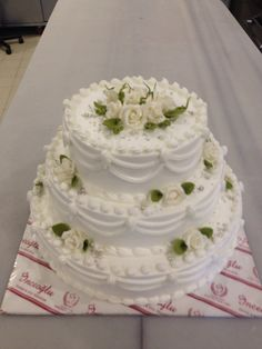 http://www.pinterest.com/pinarsenkaya/my-boutique-cakes/