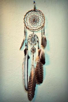 Dreamcatcher The Dreamers, Dreamcatchers, Love Dream, Beautiful Dream, Bad Dreams, Sweet Dreams, Souvenirs Ideas, Craft Night, Sun Catcher