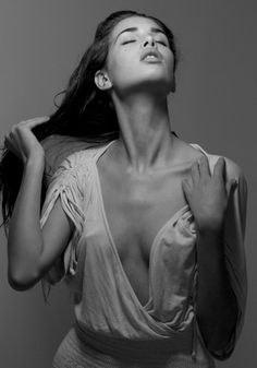 black & white photography | sensual | exotic | feminine | plunging neckline | beautiful collarbone | long dark hair | fashion editorial | sultry | www.republicofyou.com.au