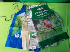 Another clever craft! Here pet food bags are turned into usable aprons.