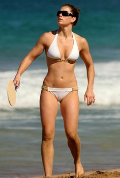 Jessica Biel has what I consider to be the best body in Hollywood and she doesn't use fad dieting. She focuses on eating clean, staying active, working out (YES with heavy weights), drinks a ton of water, and gets her rest
