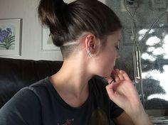 monninen: am I cool yet – go shorter - Frisuren Undercut Hairstyles Women, Undercut Women, Messy Bob Hairstyles, Trending Hairstyles, Female Undercut, Shaved Hairstyles, Pixie Haircuts, Pretty Hairstyles, Shaved Undercut