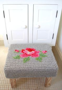 crochet and cross stitch stool makeover - this would make a great piano stool cover Crochet Diy, Crochet Motifs, Crochet Cross, Crochet Home, Crochet Patterns, Cross Stitching, Cross Stitch Embroidery, Crochet Furniture, Stool Makeover
