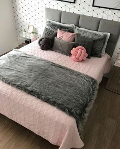Room Design Bedroom, Girl Bedroom Designs, Bedroom Layouts, Room Ideas Bedroom, Home Room Design, Home Decor Bedroom, Bedroom Decor For Teen Girls, Stylish Bedroom, Cozy Room