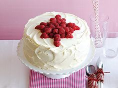 Canada's Best Raspberry Layer Cake— Celebrating Canada Day means proudly showing off our beautiful maple leaf. And when it's on a four-layer raspberry cake, it's delicious, too. Layer Cake Recipes, Dessert Recipes, Desserts, Layer Cakes, Yummy Recipes, Canada Day Party, Canadian Food, Canadian Recipes, Sweet Corner