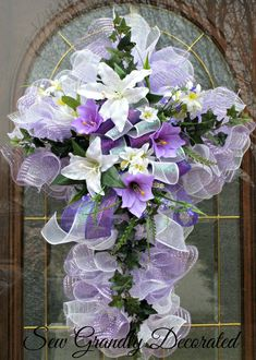 Easter Cross Wreath - Easter Door or Wall Wreath - Remembrance Wreath - Deco Mesh Easter Wreath - Cross Wreath Small Purple Flowers, Cross Wreath, Heart Wreath, Easter Cross, Diy Wreath, Wreath Ideas, Wreath Crafts, Wreath Forms, Funeral Flowers