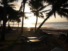 Sunrise at the beach (Mombasa, Kenya)