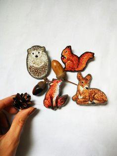 Embroidery hedgehog brooch Woodland animal by bloomingdaythings