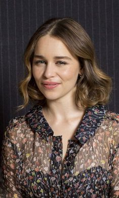 May 27: Me Before You London Photocall - 0527 MBYLondonPhotocall 0002 - Adoring Emilia Clarke - The Photo Gallery