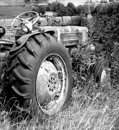 Love black & white pictures of tractors...