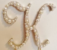 Pearl cake topper - love it