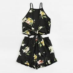 Boho Ruffle Floral Print Spaghetti Strap Crop Cami Top With Shorts – GoFashionova Cute Outfits For School, Summer Outfits Women, Girly Outfits, Short Outfits, Casual Outfits, Cami Tops, Cami Crop Top, 2 Piece Outfits, Two Piece Outfit