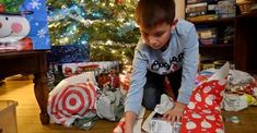 58 Children Helping Homeless Families For The Holidays Ideas Homeless Families Collection Box Helping Kids