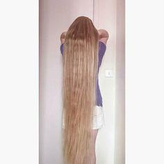 #longhair #longhairdontcare #myrealhair #verylonghair #hairideas #rapunzel #naturalhair #myhair #hair #hairdo #hairgoals #hairart #hairfashion #cheveux #roszpunka #cabelo #capellilunghi #photooftheday #extremelonghair #instaphoto #blondehair #instahair #cabelolindo #dlugiewlosy #włosy #blonde #healthyhair #superlonghair #naturalhair #realhair #hairstyle