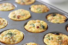 Make a batch of these egg, broccoli, and turkey sausage muffins over the weekend to grab and go during the workweek. At 150 calories and 12 grams of protein, these muffins are a smarter choice over any coffee shop pastry.