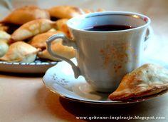 Qchenne-Inspiracje! FIT blog o zdrowym stylu życia i zdrowym odżywianiu. Kaloryczność potraw. : Drożdżowe paszteciki z kapustą i grzybami. Na wigi...