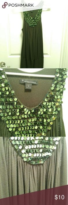 Deep Green Sequin Neckline Top GUC! Minor piling on front as pictured in 3rd photo, can only tell up close. Beaded and sequin detail on neckline. Tighter around waist. Forever 21 Tops