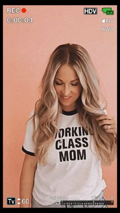 Working class mom ringer tees are back!!!!! Motherhood Funny, Working Mother, Ringer Tee, Working Class, Work Quotes, Culture, Long Hair Styles, Mom, Tees