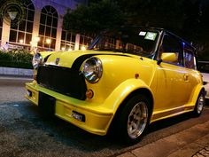 WIDE ARCHED WEDNESDAY MINI IN THE DARK time folks and its a chunky Body Kitted yellow lil number this week! Been a bit of a yellow Mini Day today hasn't it