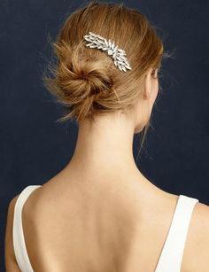 Jeweled hair comb for a bride