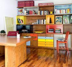 Feng Shui / escritorio-mesa-estante-cadeira-home-office-prateleiras (Foto: Maira Acayaba/Editora Globo)