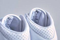 Mountain Research x Reebok Alien Stomper Release | HYPEBEAST Reebok Alien Stomper, Adidas Stan Smith, Japanese Fashion, Hypebeast, White Leather, Adidas Sneakers, Mountain, Japan Fashion