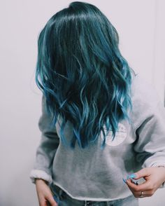 30 Teal Hair Dye Shades and Looks - hair - Hair Teal Hair Dye, Hair Dye Shades, Dye My Hair, Blue Hair Dyes, Turquoise Hair Ombre, Purple Hair Streaks, Blue Ombre Hair, Neon Hair, Violet Hair