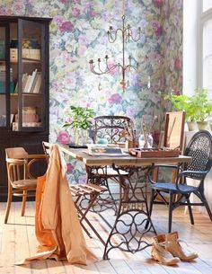 Re-purposed sewing machine base for dining table