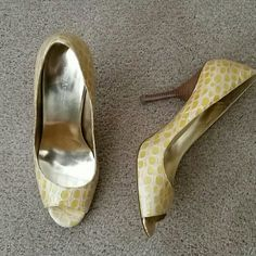 Gold Maylie Croc heels by Enzo Angiolini Gold/yellow Maylie Croc embossed pumps with wooden heel. Beautiful! Enzo Angiolini Shoes Heels