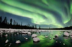 Polarlichter fotografieren in Schweden: 4-tägiger Foto-Workshop mit Polarlicht-Profi Peter Rosén. inkl. 2x Motorschlitten- und 1x Huskytour. Jetzt buchen!