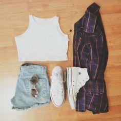 Converse⭐  crop top Una camisa Un short Unos lentes  INSTAGRAM: solangeramirezdiaz