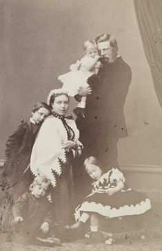 """""""The history of a photoshoot"""" Crownprince Friedrich of Prussia, with consort, Crownprincess Victoria and four eldest kids : Wilhelm, Charlotte, Heinrich and baby Sigismund. 1865. Check how little..."""